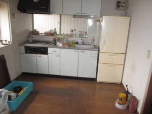和光市空き家だった台所の整理