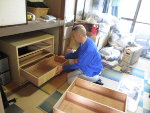 川越市の遺品整理箪笥引出し